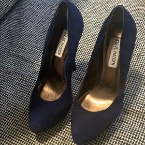 Navy Blue Suede Steve Madden Pumps